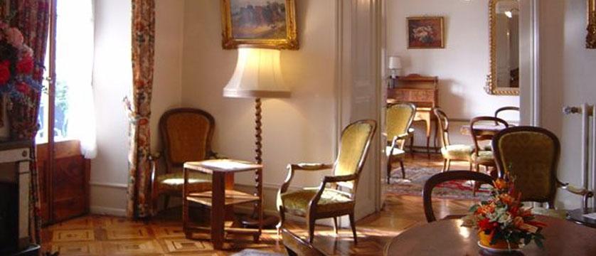Hotel Masson, Montreux, Switzerland - hotel lobby.jpg